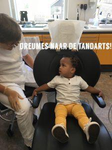 Dreumes naar de tandarts