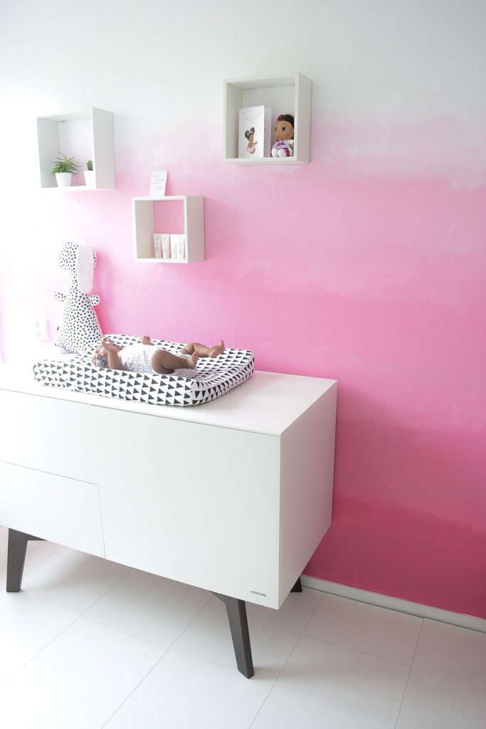 Ombre muur roze